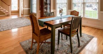 What-rugs-are-safe-for-hardwood-floors-1