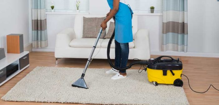 BEST-VACUUM-FOR-ORIENTAL-RUGS--THERUGSGAL-FAETURED-IMAGE