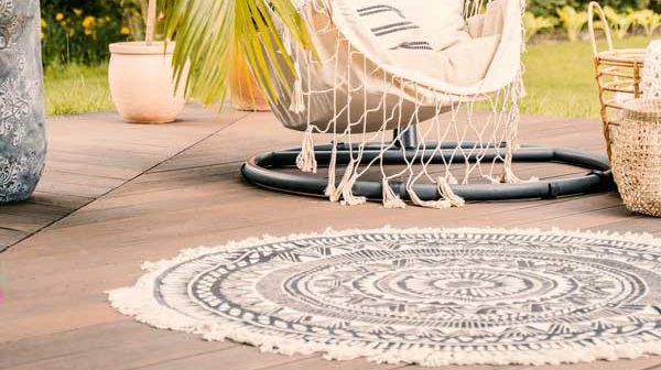 Outdoor-Rugs-That-Can-Be-Cut-To-Size