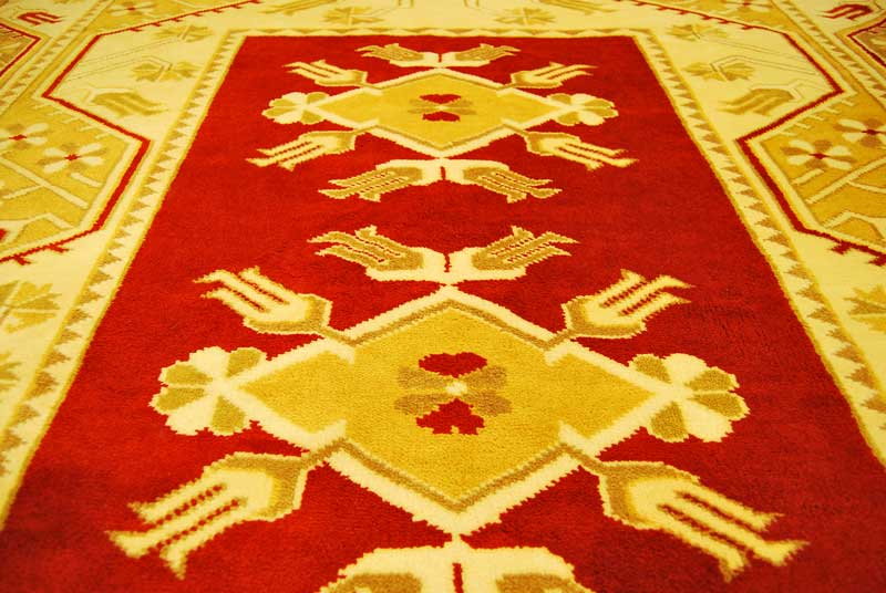 identifying-types-of-oriental-rugs-therugsgal-featured-image